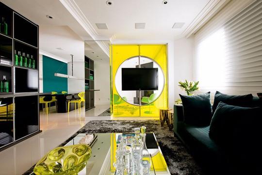 Phòng khách có nội thất màu vàng mang lại cảm giác ấm áp - Ảnh 7.