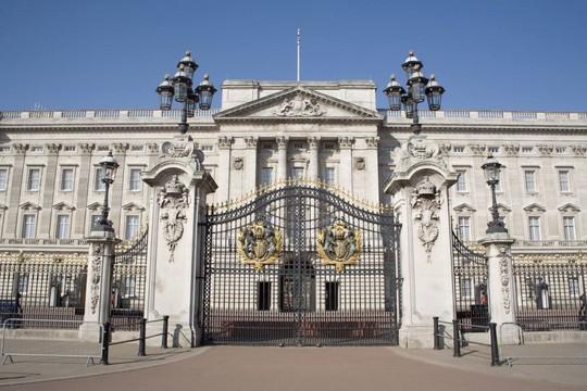 Kiến trúc xa hoa bên biệt thự Buckingham đắt nhất châu Âu - Ảnh 2.