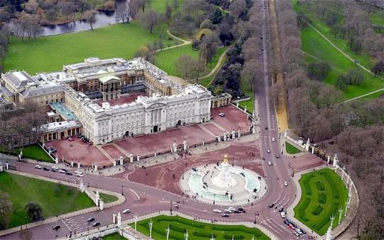 Kiến trúc xa hoa bên biệt thự Buckingham đắt nhất châu Âu - Ảnh 11.