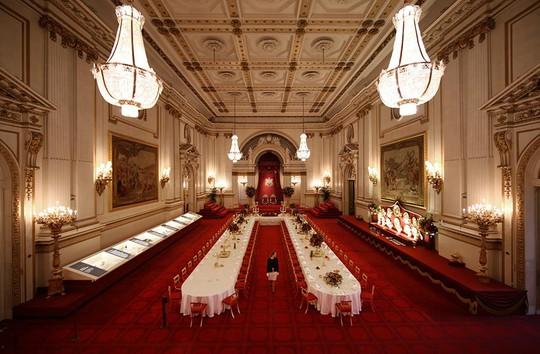 Kiến trúc xa hoa bên biệt thự Buckingham đắt nhất châu Âu - Ảnh 3.
