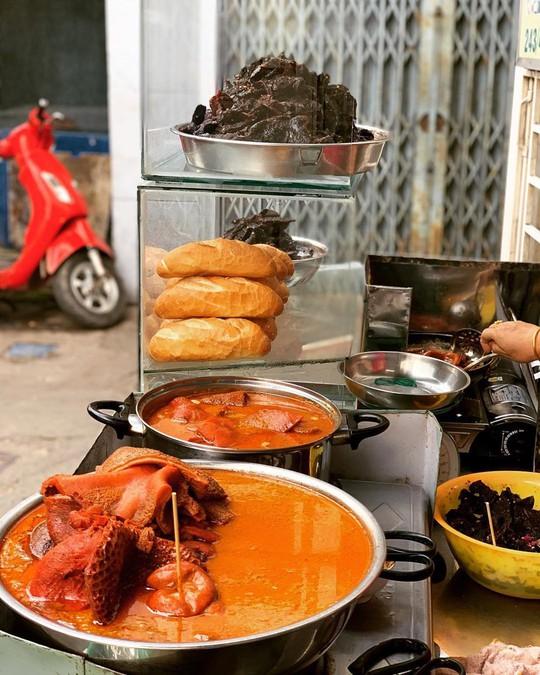 6 quán phá lấu nóng hổi tại TP.HCM nhâm nhi ngày mát trời - Ảnh 5.