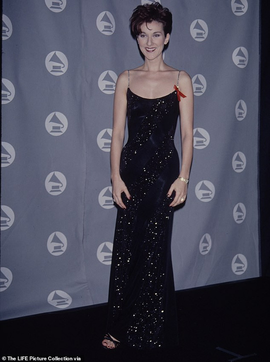 Bị chê gầy gò, họa mi Celine Dion phản pháo - Ảnh 2.
