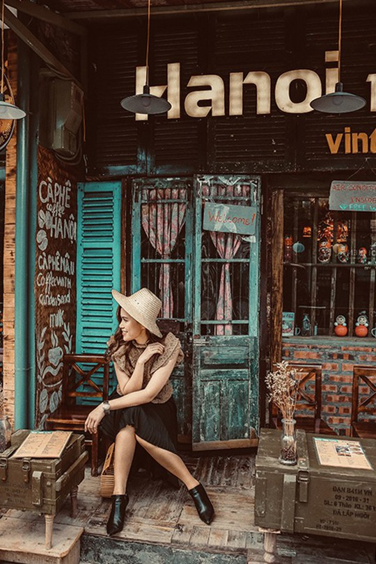 Những góc chụp ảnh quen mà lạ ở Hà Nội - Ảnh 4.