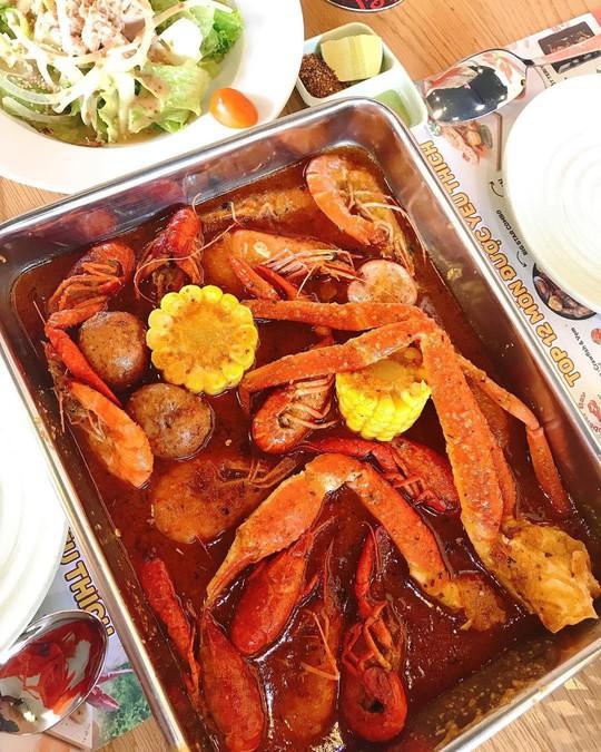 5 quán hải sản tươi ngon ở TP HCM cho hội bạn thân tụ tập - Ảnh 14.