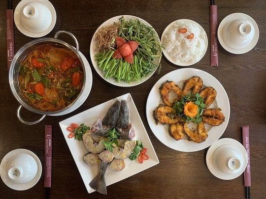 5 quán hải sản tươi ngon ở TP HCM cho hội bạn thân tụ tập - Ảnh 16.