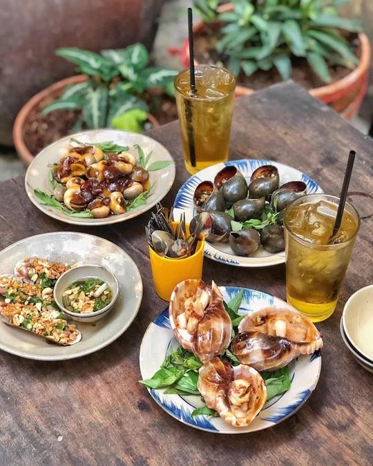 5 quán hải sản tươi ngon ở TP HCM cho hội bạn thân tụ tập - Ảnh 7.