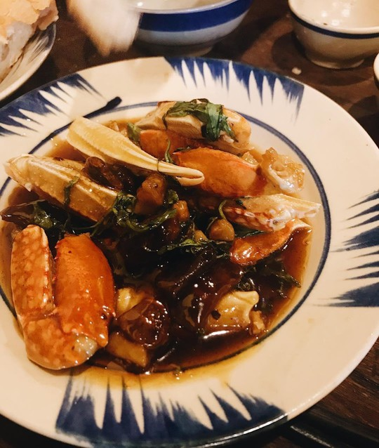 5 quán hải sản tươi ngon ở TP HCM cho hội bạn thân tụ tập - Ảnh 10.