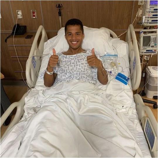 Dính chấn thương ghê rợn, cựu sao Barcelona phải nhập viện cấp cứu - Ảnh 6.