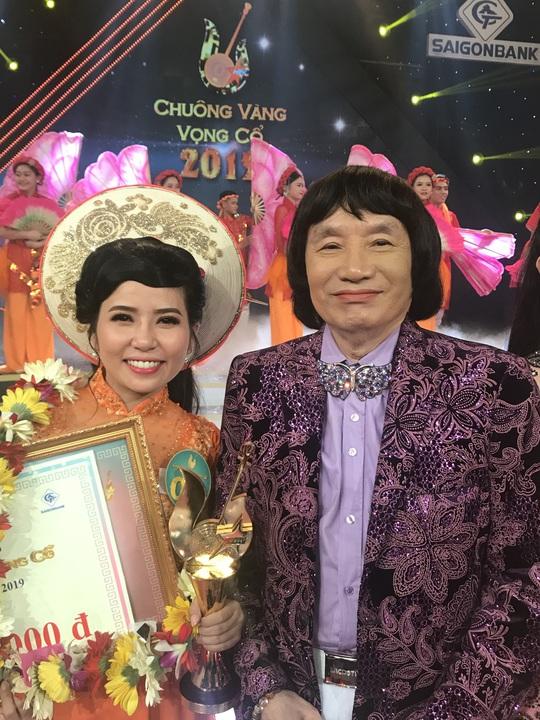 Quách Thị Diễm Ngọc đoạt giải Chuông vàng vọng cổ 2019 - Ảnh 2.