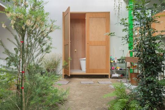 Độc đáo ngôi nhà thiết kế lạ, xóa ranh giới giữa nội thất và ngoại thất - Ảnh 4.