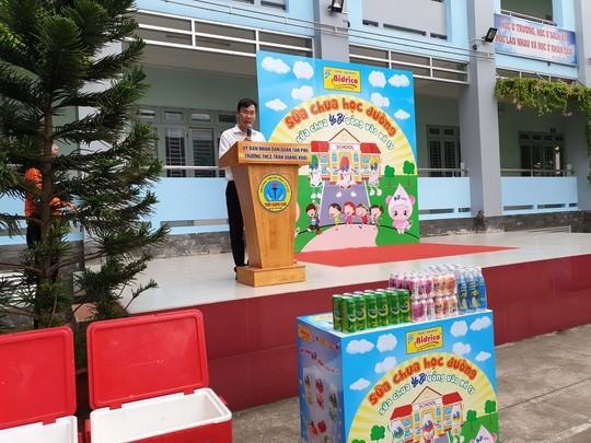 Bidrico quảng bá sữa chua Yobi tới trường học - Ảnh 1.