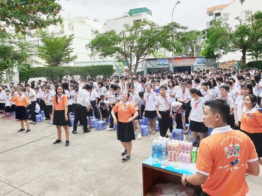 Bidrico quảng bá sữa chua Yobi tới trường học - Ảnh 3.