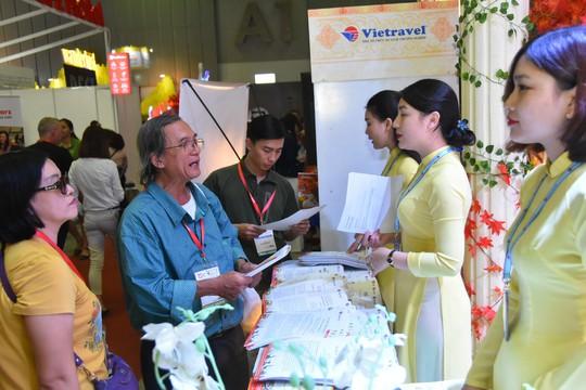 Chen nhau mua tour giá rẻ tại Hội chợ Du lịch quốc tế TP HCM - Ảnh 5.