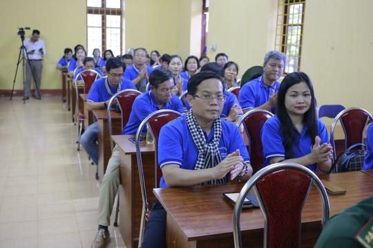 Báo Người Lao Động trao 300 lá cờ Tổ quốc đến Đồn Biên phòng Đàm Thủy, tỉnh Cao Bằng - Ảnh 6.