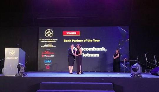 """Techcombank được vinh danh """"Dịch vụ bảo hiểm ngân hàng tốt nhất"""" - Ảnh 1."""