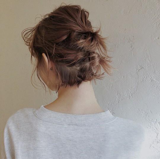 Những kiểu tóc tết đẹp dành cho nàng tóc ngắn - Ảnh 3.