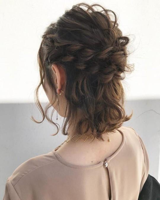 Những kiểu tóc tết đẹp dành cho nàng tóc ngắn - Ảnh 6.
