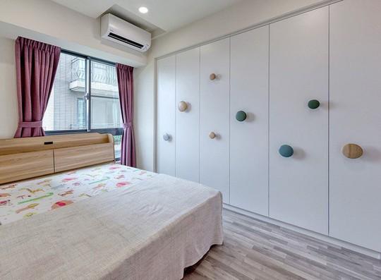 Ngắm mãi không chán căn hộ phong cách Retro có nội thất làm bằng chất liệu gỗ - Ảnh 11.