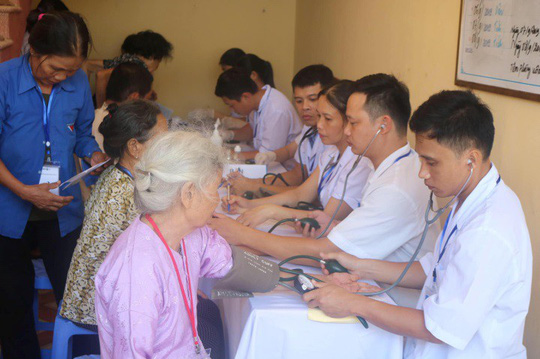 Cùng bảo vệ sức khỏe Việt - Ảnh 1.
