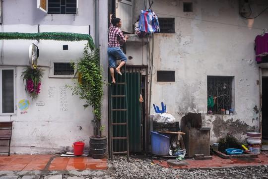 Một ngày ở xóm du lịch đặc biệt nhất Hà Nội - Ảnh 17.