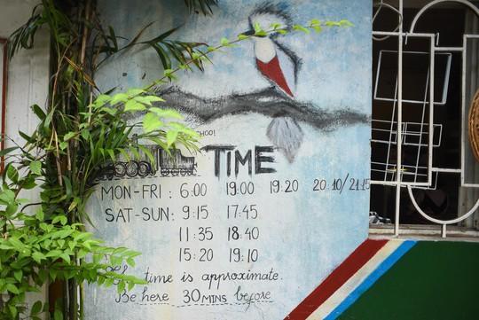 Một ngày ở xóm du lịch đặc biệt nhất Hà Nội - Ảnh 9.