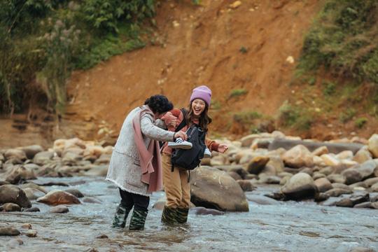 Nữ diễn viên chính Hậu duệ Mặt trời Việt chinh phục thử thách mới - Ảnh 2.
