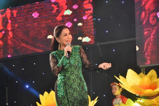 Cảm xúc của nghệ sĩ tham gia đêm Gala Mai Vàng chào xuân 2020 - Ảnh 1.