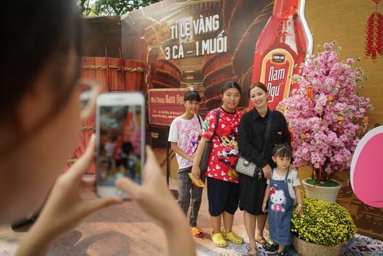 Nam Ngư mang sắc xuân 3 miền vào Lễ hội Tết Việt - Ảnh 4.