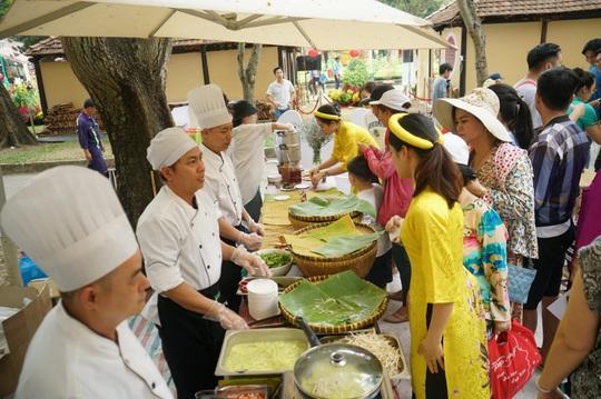 Nam Ngư mang sắc xuân 3 miền vào Lễ hội Tết Việt - Ảnh 5.