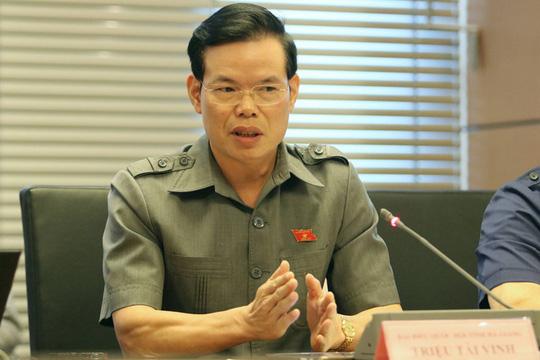 Cảnh cáo ông Hoàng Trung Hải, khiển trách ông Triệu Tài Vinh - Ảnh 1.
