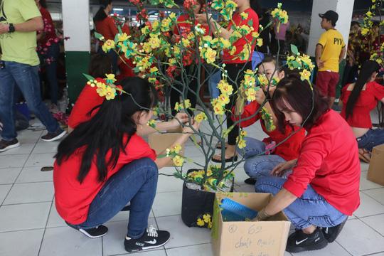 Công nhân Công ty TNHH Pou Yuen vui xuân - Ảnh 2.