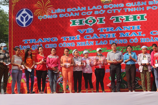 Công nhân Công ty TNHH Pou Yuen vui xuân - Ảnh 4.