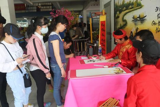 Công nhân Công ty TNHH Pou Yuen vui xuân - Ảnh 6.