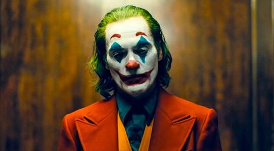 Joker Joaquin Phoenix bị cảnh sát bắt giữ - Ảnh 4.