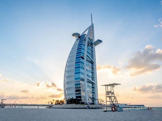 Bên trong khách sạn 1 tỷ USD sang trọng nhất thế giới - Ảnh 1.