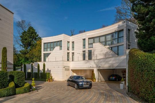 Bên trong biệt thự đắt nhất được rao bán ở London - Ảnh 10.