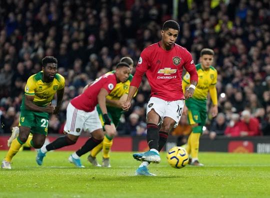 Man United đại thắng, mở đại tiệc nhà hát Old Trafford - Ảnh 4.