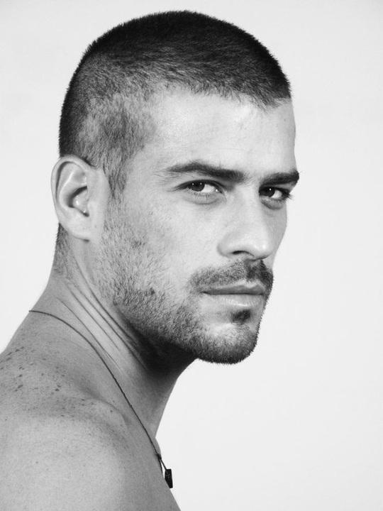 4 kiểu tóc hot nhất dành cho nam giới năm 2020 - Ảnh 1.