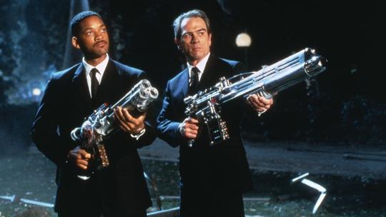 Điểm mặt loạt bom tấn để đời sau 30 năm diễn xuất của Will Smith - Ảnh 3.
