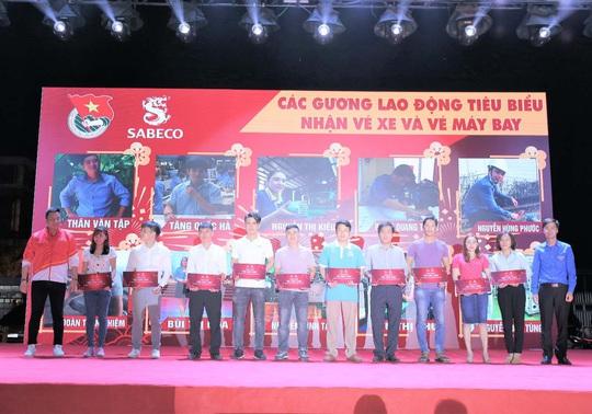SABECO lan tỏa yêu thương qua chuỗi chương trình trao quà Tết Canh Tý 2020 - Ảnh 1.