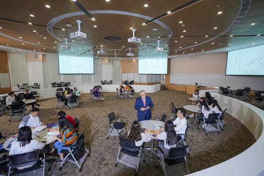 Cận cảnh trường đại học ngàn tỉ đẳng cấp 5 sao đầu tiên tại Việt Nam - Ảnh 17.