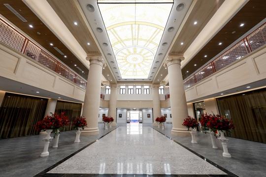 Cận cảnh trường đại học ngàn tỉ đẳng cấp 5 sao đầu tiên tại Việt Nam - Ảnh 10.