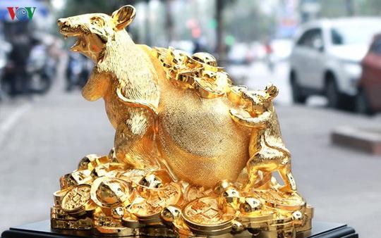 Cẩn trọng khi mua đồ mạ vàng trưng ngày Tết - Ảnh 2.