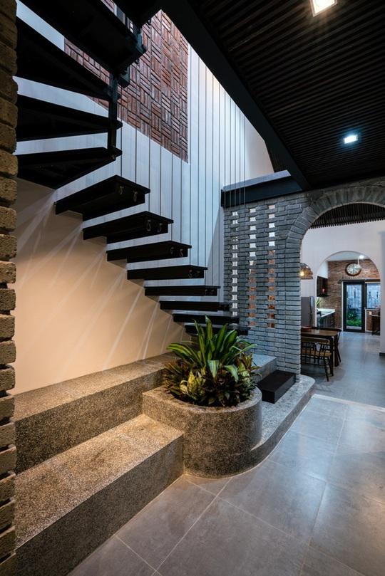 Ngôi nhà có khoảng không gian chung đẹp hút hồn - Ảnh 6.