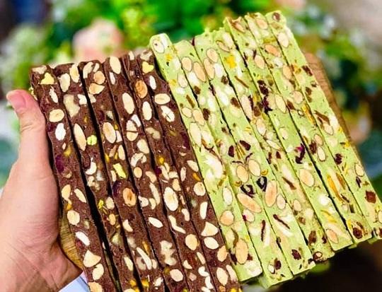 Bánh kẹo handmade nửa triệu đồng một kg - Ảnh 2.