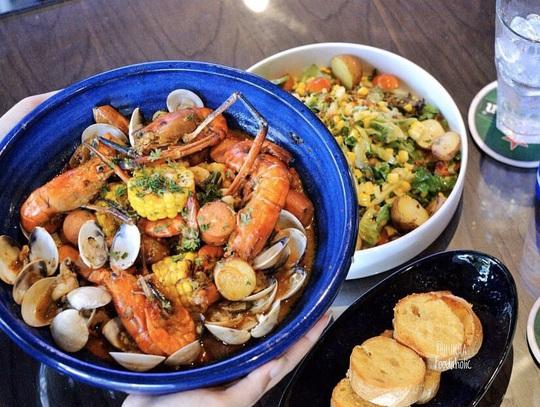 3 nhà hàng hải sản giá dưới 1 triệu đồng tại TP HCM - Ảnh 13.