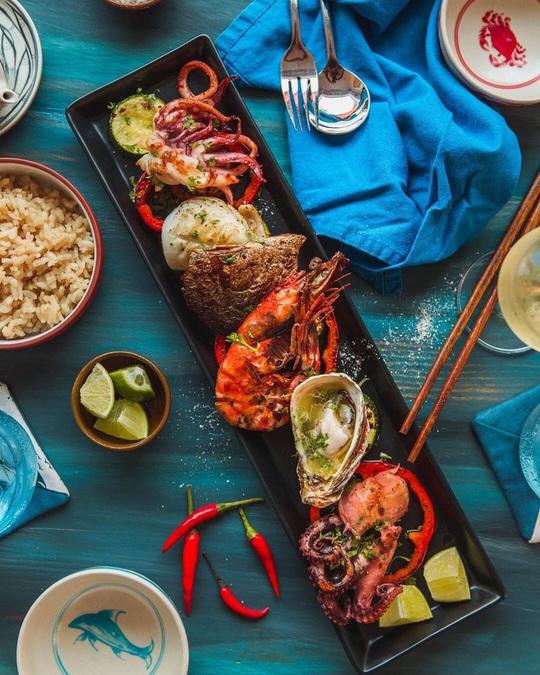 3 nhà hàng hải sản giá dưới 1 triệu đồng tại TP HCM - Ảnh 3.