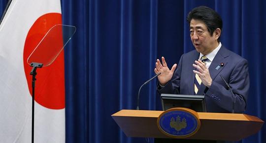 Cựu chủ tịch Nissan bỏ trốn còn hơn phim, toàn bộ chính phủ Nhật im lìm - Ảnh 1.