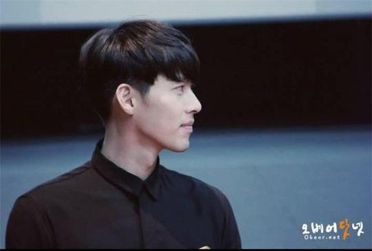 """""""Soái ca Triều Tiên"""" Hyun Bin gây bão mạng với góc nghiêng sắc lẹm - Ảnh 21."""
