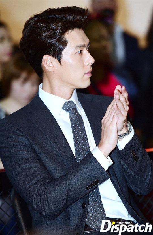 """""""Soái ca Triều Tiên"""" Hyun Bin gây bão mạng với góc nghiêng sắc lẹm - Ảnh 4."""